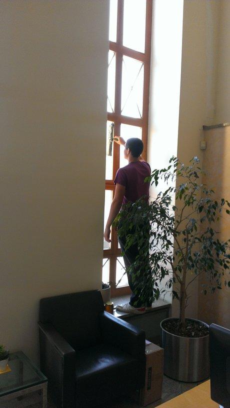 Praha 1, umyjeme výlohy, okna i ve výškách