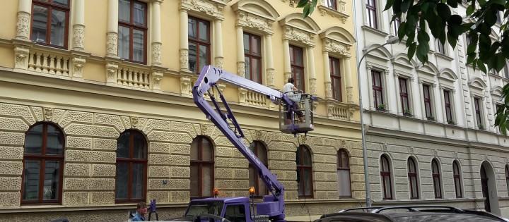 Výškové mytí z plošiny, Brno